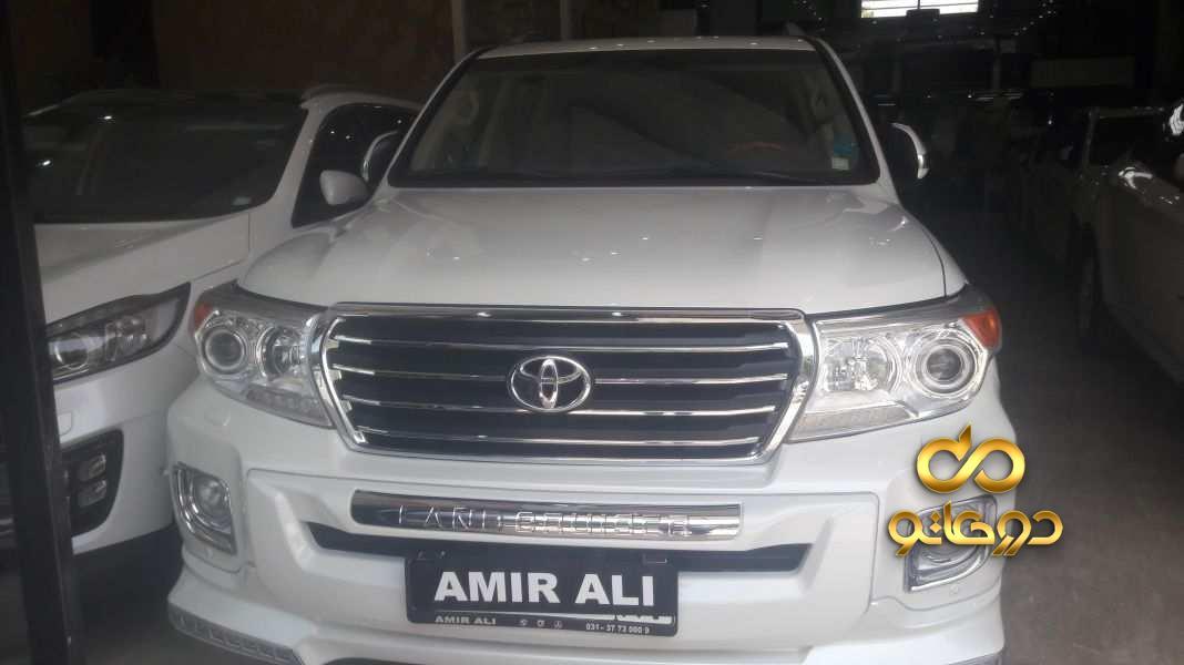 خرید خودرو تویوتا لندکروزر چهار درب GXR در اصفهان