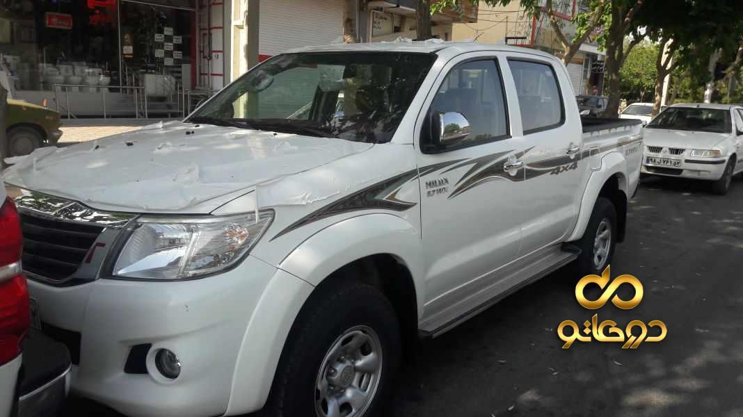 خرید خودرو تویوتا هایلوکس دو کابین بلند دنده ای در اصفهان
