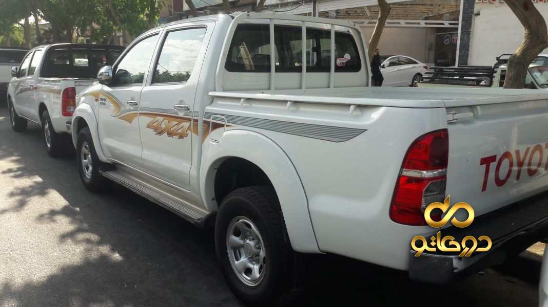 خرید خودرو  هایلوکس دو کابین دنده ای در اصفهان