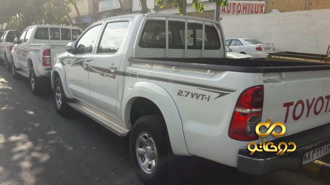 خرید خودرو  هایلوکس دو کابین بلند دنده ای در اصفهان